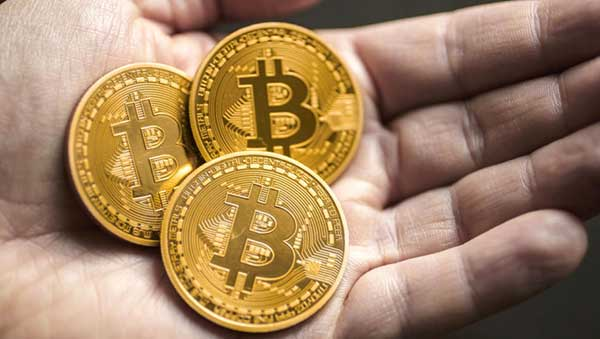 Lithuanians can exchange bitcoins in stores